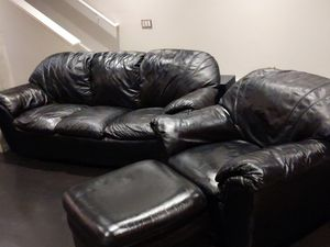 Italsofa (Made by Natuzzi in Italy) Italian Leather Couch, Chair, & Ottoman for Sale in Foster City, CA