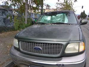 2001 Ford Expedition - FOR PARTS for Sale in Oakland, CA