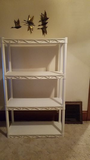 Used Storage shelves in great condition for Sale in Milwaukee, WI
