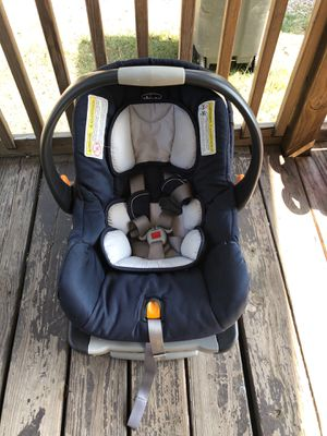 Chicco Car Seat for Sale in Conroe, TX