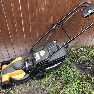 Worx Mower. Runs fine. Battery included for Sale in Portsmouth, VA
