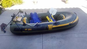 Sevylor Fish Hunter HF280 inflatable boat for Sale in Sun City, AZ