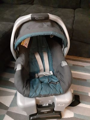 Graco cars Seat whit base unisex excelente condición for Sale in UNIVERSITY PA, MD