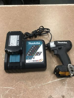 Makita drill brushless xdt15 with charger and 1 batt for Sale in Chicago, IL