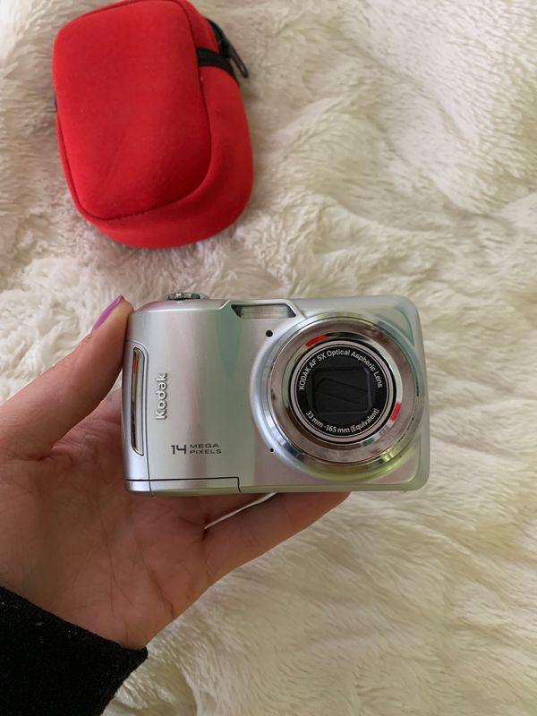 Kodak 14 Mega Pixel AF 5X Optical Aspheric Lens Digital Camera