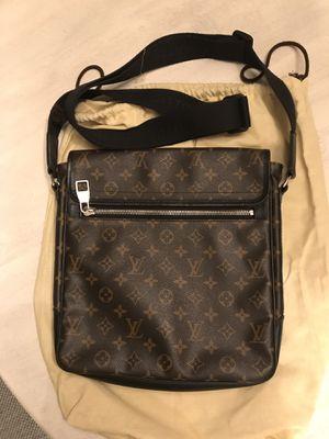 Louis Vuitton handbag for Sale in Elk Grove, CA