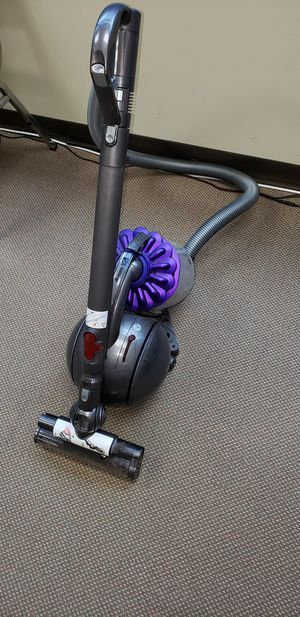 DYSON DC39 CANISTER VAC for Sale in Ashburn, VA
