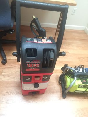 Clean force 1800 psi pressure washer for Sale in Renton, WA