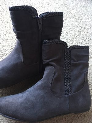 Girls boots size 3 for Sale in State College, PA