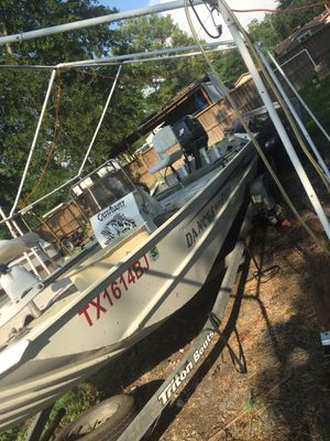 Trinton boat for Sale in La Porte, TX