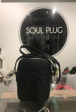 Louis Vuitton x Supreme Danube Epi PM Black for Sale in Miami, FL