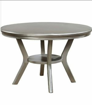 Round Dining Table in Gray Finish for Sale in Chino, CA
