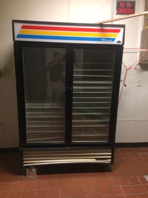 refrigerator and showcase for bread for Sale in Rockville, MD