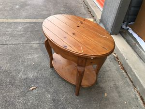 Table has scratches, solid would. Project, great condition for Sale in Tampa, FL