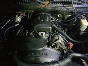 Chevy silverado 4x4 1500 vortec v8 4x4 for Sale in Kent, WA