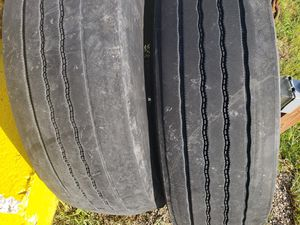 Trailer tire for Sale in Imperial, MO
