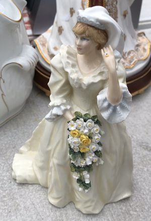 Princess Diana Princess of Wales Royal Daulton 40 of 1500 limited edition $200 firm for Sale in Fort Lauderdale, FL