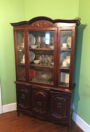 China cabinet for Sale in Salisbury, NC
