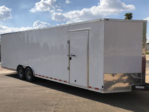 Enclosed trailer 8.5 x 28 plus 3' v nose for Sale in Mesa, AZ