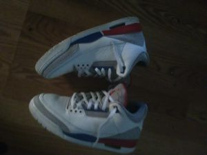 Air Jordan retro 3 true blue with signature for Sale in Windsor, ON