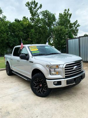 2015 Ford F150 XLT//Down 3990 o trade in for Sale in Houston, TX