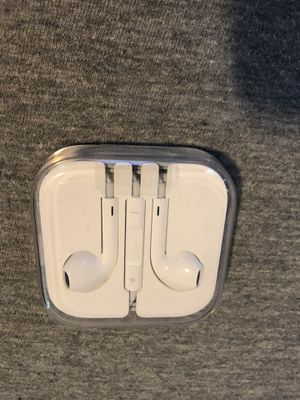 Apple EarPods with 3.5mm connector for Sale in Portland, OR
