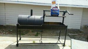 BBQ SMOKER for Sale in Fresno, CA