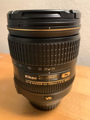 Nikkor 24-120 f4 ED VR in mint condition for Sale in Lake Forest, CA