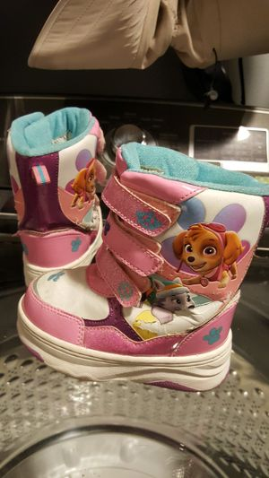 PAW Patrol Winter Boots Size 7/ 8 for Sale in Everett, WA