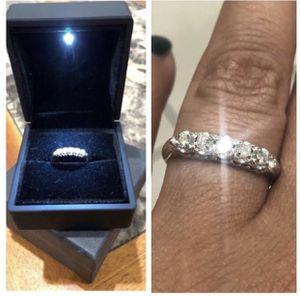 14k White Gold 5 Stone .40ctw VS1 Clarity Diamond Ring SIZE 7 for Sale in Newark, NJ