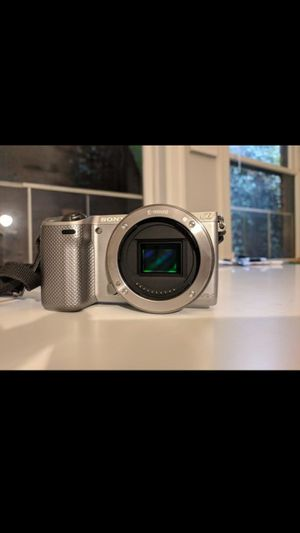 Sony NEX-5r Bundle for Sale in Seattle, WA