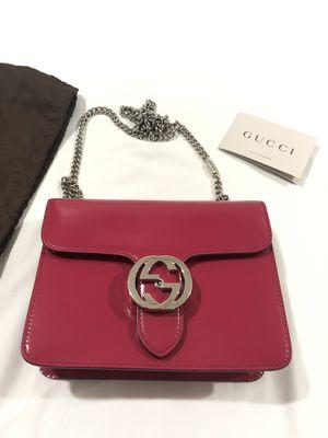 Gucci cross body bag for Sale in Long Beach, CA