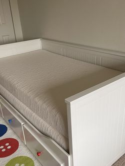 IKEA Daybed With 3 Drawers And 2 Mattresses for Sale in Secaucus,  NJ