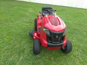Troy-Bilt 42-inch cut 17 and a half horsepower for Sale in Fort Pierce, FL