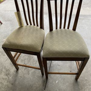 Old Fashioned Two Chairs for Sale in Orlando, FL