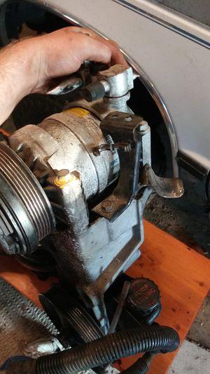 Chevy GMC 350 vortec parts for Sale in Gresham, OR