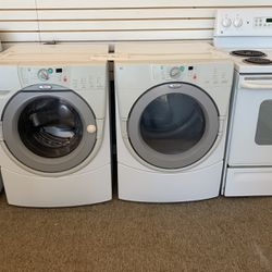 Whirlpool Washer And Dryer for Sale in Yakima,  WA