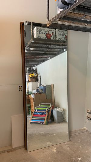 Free- Large mirror for Sale in Tacoma, WA