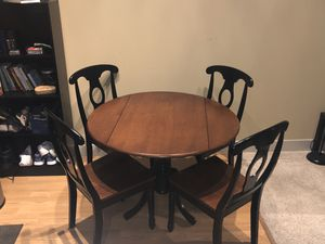 Dining table and chair set for sale. Moving out of state everything must go! for Sale in Houston, TX