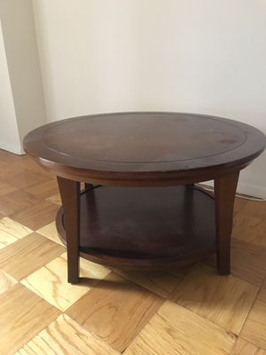 Coffee table, free, moving out for Sale in Washington, DC