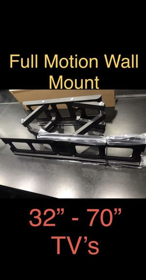 LARGE TV Wall Mount ( Full Motion ) for Sale in Chula Vista, CA