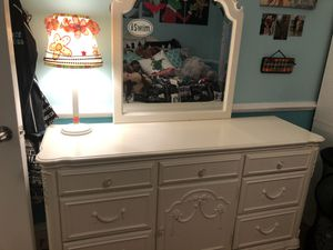 Solid wood dresser -.very heavy duty for Sale in Snellville, GA