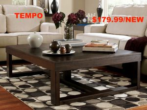Brown Rectangular Coffee Table for Sale in Santa Ana, CA
