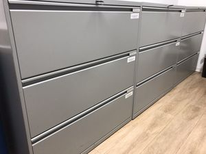 Filing Cabinets with keys (6) for Sale in Alexandria, VA