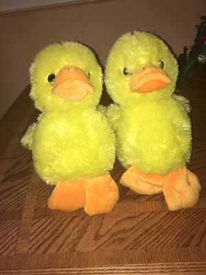 2 stuffed animals for Sale in Dearborn, MI