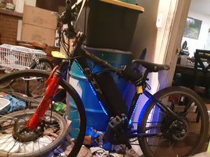 GT ebike with LEDs for Sale in Fontana, CA