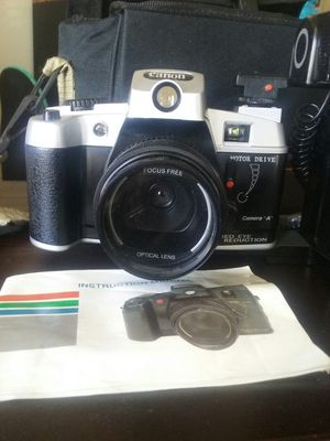 Old Canon Camera (Not Digital) for Sale in The Bronx, NY
