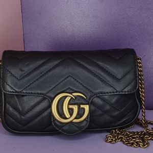 Gucci Marmont Bag for Sale in Darby, PA