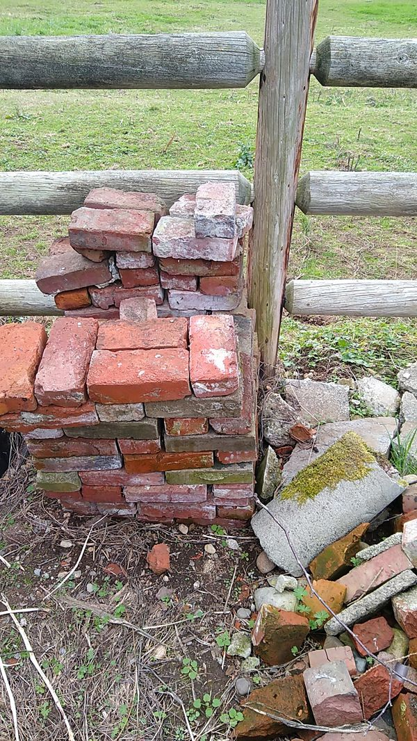 Used Red Bricks For Sale In Monroe Wa Offerup