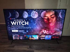 65 in Vizio 4k Smart tv ( E65x-C2 ) w Base & Remote for Sale in Arlington, TX